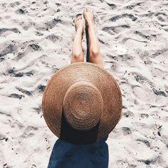 sand, beach and summer Summer Feeling, Summer Sun, Summer Of Love, Summer Beach, Summer Vibes, Santa Giulia, Beach Photography, Beach Bum, Beach Hats