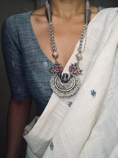 Silver Bracelet Charms Silver Bracelet Charms The post Silver Bracelet Charms appeared first on ThealiceOnline. Dress Indian Style, Indian Dresses, Indian Outfits, Indian Attire, Indian Ethnic Wear, Saree Dress, Saree Blouse, Saree Jewellery, Modern Saree