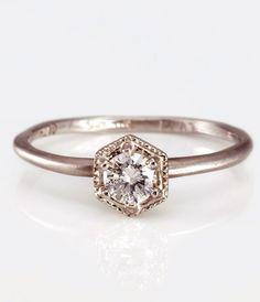 simple + modern engagement diamond ring / SATOMI KAWAKITA