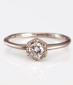 simple + modern engagement diamond ring / SATOMI KAWAKITA