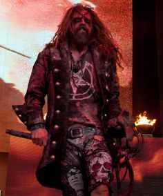 Rob Zombie❤ Number one celeb crush right here!
