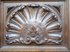 Armoire Renaissance en Noyer
