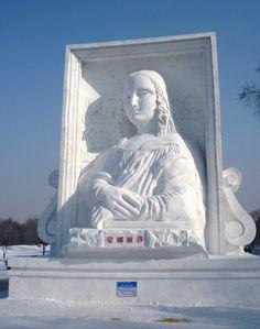 """Mona Lisa in Snow Sculpture — Harbin Ice Festival China 2011"""