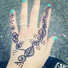 Henné tattoo!