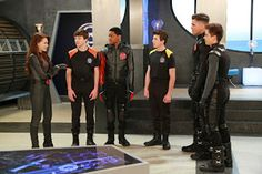 lab rats vs mighty med - Google Search Disney Xd, Disney Pixar, Movie Memes, Movie Tv, Lab Rats Disney, Billy Unger, Mighty Med, Kelli Berglund, Disney Channel