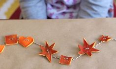 DIY Citrus Peel Garland: Video - http://www.pbs.org/parents/crafts-for-kids/diy-citrus-peel-garland/
