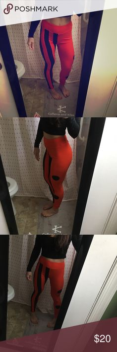 Lula Roe OS leggings These remind me of Harley Quinn! Never worn! LuLaRoe Pants Leggings