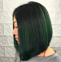 Get ready to 'wow' the world with these spectacular angled bob hairstyles. Get the tips, tricks & guidance needed for a guaranteed fabulous angled bob! Modern Bob Hairstyles, Stacked Bob Hairstyles, Medium Bob Hairstyles, Trending Hairstyles, Hairstyles Haircuts, Straight Hairstyles, Black Hairstyles, Medium Hair Styles, Curly Hair Styles