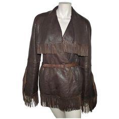 depot vente de luxe en ligne JEAN PAUL GAULTIER veste en cuir franges marron | TendanceShopping.com - http://www.tendanceshopping.com/JEAN-PAUL-GAULTIER-VESTE-FRANGES-EN-CUIR-MARRON.html