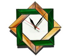 Wall clock Celtic stained glass in rustic colors white green and wood brown - Unique modern geometri Celtic Stained Glass, Stained Glass Flowers, Stained Glass Panels, Stained Glass Patterns, Stained Glass Art, Fused Glass, Green Wall Clocks, Unique Wall Clocks, Wood Clocks