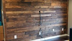$20 DIY Pallet Wall   Cape 27