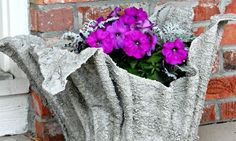 Turn an old towel into a beautiful cement planter!