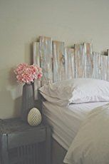 These are some gorgeous and unique DIY pallet home decor ideas to make with pallet wood and/or old reclaimed wood. I love finding easy ways to take old stuff that most people would burn