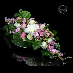 Flowers For Mom, Grave Decorations, Funeral Flowers, Bonsai, Floral Arrangements, Diy And Crafts, Floral Wreath, Projects To Try, Wreaths