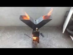 Fire Pit Oven, Rim Fire Pit, Metal Fire Pit, Rocket Stove Design, Diy Rocket Stove, Rocket Stoves, Jet Stove, Diy Wood Stove, Oven Diy