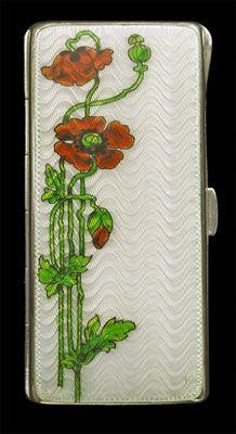 LEVINGER & BISSINGER Poppy Box  Silver Enamel H: 8.2 cm (3.23 in)  W: 4.1 cm (1.61 in)  Marks: HL monogram import mark F for 1902 German, c.1900