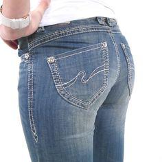 Jetzt wieder verfügbar!  www.amazon.de/gp/product/B00UC1JZNU/ref=as_li_tl?ie=UTF8&camp=1638&creative=19454&creativeASIN=B00UC1JZNU&linkCode=as2&tag=kbco05-21&linkId=O5T3XSMFCTMOWOWN  Oder bei uns im Webshop: www.stylefabrik-fashion.de/Blue-Monkey-Damen-Jeans-BM3063-Straight-Fit-mit-Stretch-und-weissen-Naehten-blau?fb=1  Stylische Blue Monkey Damenjeans blau mit Ziernaht