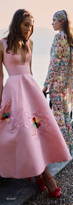Pink Outfits, Fashion Outfits, Philippines Fashion, Strapless Dress Formal, Formal Dresses, Monique Lhuillier, Colorful Fashion, Summer Wardrobe, Glamour