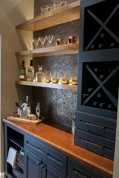 18 Awesome Bar Decor to Create Same Atmosphere in Your Home Wet Bar Basement, Basement Bar Designs, Basement House, Small Basement Bars, Basement Ceilings, Basement Finishing, Basement Ideas, Home Wet Bar, Diy Home Bar