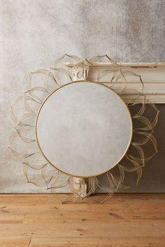 Slide View: 1: Circled Blooms Mirror