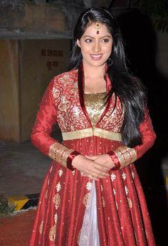 Deepika Singh at ITA Awards #Bollywood #Fashion