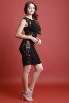 oralia cortes at DuckDuckGo Sexy Dresses, Short Dresses, Fashion Dresses, Girls Dresses, Hot Dress, Dress Skirt, Bodycon Dress, Beautiful Legs, Beautiful Dresses