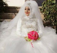 foto pernikahan muslim, Gambar Foto Gaun Pengantin, tips memilih gaun pengantin, Jasa foto video pernikahan karawang jawa barat, adiarsa