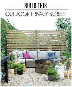New Modern Rustic Outdoor Privacy Screen + The Rest Of My Patio Sichtschutz im Freien mit Sherwin-Wi Outdoor Screens, Privacy Screen Outdoor, Outdoor Walls, Outdoor Furniture Sets, Deck Privacy Screens, Garden Furniture, Privacy Wall On Deck, Ikea Patio Furniture, Outdoor Patios