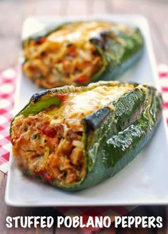 Healthy Food Blogs, Healthy Dinner Recipes, Mexican Food Recipes, Vegetarian Recipes, Cooking Recipes, Healthy Dinners, Stuffed Peppers Healthy, Stuffed Poblano Peppers, Chicken Stuffed Peppers