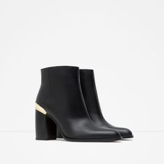Image 2 of HIGH HEEL LEATHER ANKLE BOOTS WITH METALLIC DETAIL from Zara