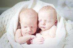 Beautiful twin newborn photography