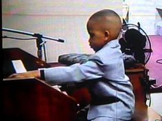 COGIC Organist From Ohio!!! - YouTube