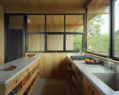 Articles about shelter island retreat. Dwell is a platform for anyone to write about design and architecture. Layout Design, Plywood Kitchen, Kitchen Wood, Kitchen Drawers, Country Kitchen, Shelter Island, Wood Ceilings, Plywood Ceiling, High Ceilings