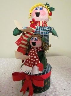 Feature Friday- Christmas Paper Maché Characters | Suzy's Artsy Craftsy Sitcom