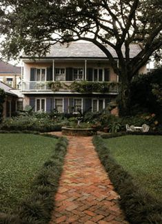 The Beauty of French Quarter Gardens - New Orleans Homes & Lifestyles - April 2007 - New Orleans, LA