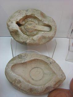 Roman era cast used for producing oil lamps, Nabeul museum. Ancient Pompeii, Antique Oil Lamps, Roman Era, Ceramic Spoons, Pottery Designs, Ancient Artifacts, Lamp Design, Pots, Clay