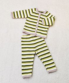 Cool Diy Projects, Knitting Projects, Rompers, Children, Pants, Dresses, Knitted Baby, Fun Diy, Fashion