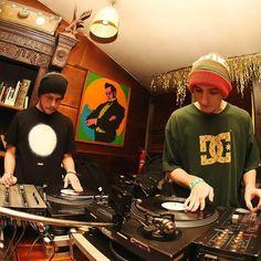 Scratch battle at #griboedovhill #spb #scratch #jam #dj #battle #vinyl #hiphop #turntablism by sable_lion http://ift.tt/1HNGVsC