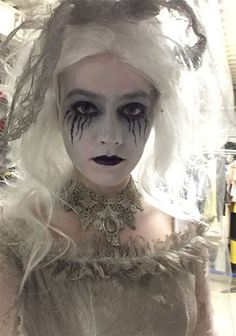 15-scary-corpse-bride-makeup-looks-ideas-for-halloween-2016-4