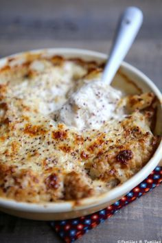 Gratin de chou fleur au mascarpone et moutarde. Cauliflower mascarpone mustard gratin: 1 big cauliflower, 250 g of Mascarpone, 2 tablespoons mustard mustard (with grains), Veggie Recipes, Vegetarian Recipes, Healthy Recipes, Cooking Chef, Cooking Recipes, Cooking Steak, Cooking Bacon, Cooking Games, Cauliflower Gratin