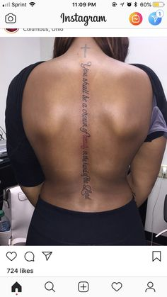 Trendy spine tattoo for women quotes outfit Ideas Dope Tattoos, Girly Tattoos, Tattoos 3d, Pretty Tattoos, Finger Tattoos, Beautiful Tattoos, Body Art Tattoos, Tatoos, Tattoos Verse