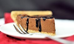 Chocolate Pumpkin Pie- just 5 ingredients, no baking required, and no one ever guesses it's healthy!