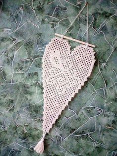 Szuflada Crochet Cap, Filet Crochet, Cute Crochet, Crochet Stitches, Crochet Bikini, Crochet Snowflake Pattern, Crochet Snowflakes, Crochet Doilies, Crochet Decoration