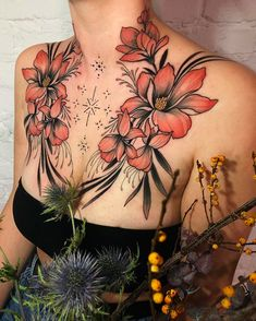 Flower Chest Tattoo - Best Chest Tattoos For Women: Cute Female Chest Tattoo Ideas and Designs Cool Chest Tattoos, Chest Piece Tattoos, Pieces Tattoo, Stomach Tattoos, Body Art Tattoos, Girl Tattoos, Belly Tattoos, Eagle Tattoos, Sleeve Tattoos