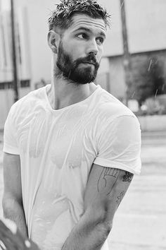 Watching 'In the Dark' and this, my friends, is Casey Deidrick. Casey Deidrick, Beard Haircut, Hunks Men, Hommes Sexy, Hair And Beard Styles, Good Looking Men, Moustache, Male Beauty, Haircuts For Men