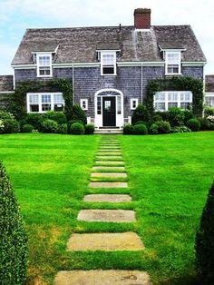 5 tiny coastal cottages cape cod cottages and cedar