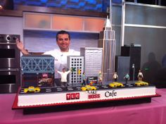 Buddy on Good Morning America with our Cake Boss Cafe cake!