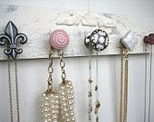 This would be such a cute necklace holder! Great decoration too
