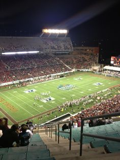 Florida Citrus Bowl, Downtown Orlando - This Bowl is home to several college bowl games and may even host some of the College Bowl Playoff games. College Bowl Games, College Bowls, Orlando City, Downtown Orlando, Camping World Stadium, Falcons Game, Nfl Dolphins, Florida, The Florida