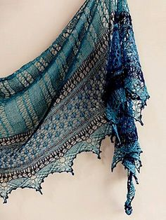 Crochet lace scarf beautiful knitting patterns New ideas Crochet Lace Scarf, Gilet Crochet, Knitted Shawls, Crochet Scarves, Lace Knitting, Knit Crochet, Lace Shawls, Scarf Knit, Crochet Stitches